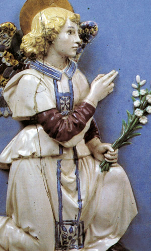 Italian Ceramics - Annunciation (detail) by Andrea della Robbia (ca. 1490), Staatliche Museum, Berlin - Photo credits: www.mostradellarobbia.it
