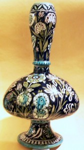 Fig. 5 - Vase in the Persian decoration. Height 46 cm. Photo Credits: Sheila Forbes