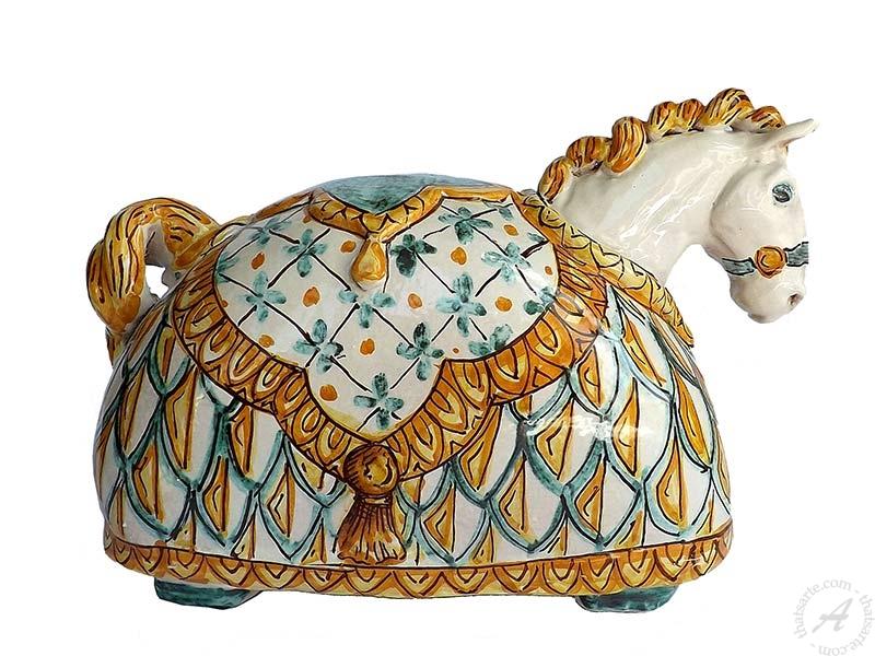 Ghenos ceramic horse